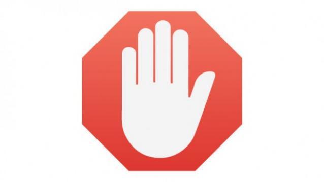 GOOGLE DOESN'T WANT TO KILL AD BLOCKERS BUT PROTECT USERS' PRIVACY