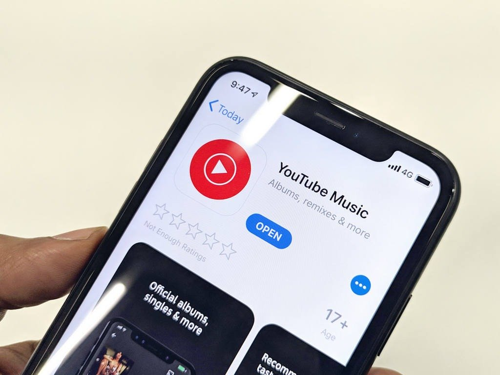 NOW DOWNLOAD UPTO 500 SONGS IN OFFLINE PLAYLIST OF YOUTUBE MUSIC